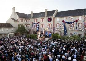 Η νέα Εκκλησία της Σαηεντολογίας της Μελβούρνης εγκαινιάστηκε στις 29 Ιανουαρίου 2011 όπου παρευρέθηκαν 2.000 Σαηεντολόγοι και οι καλεσμένοι τους.
